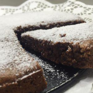 Võivaba shokolaadi-pähkli kook
