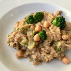 Tatrahelbepuder brokoli ja kikerhernestega